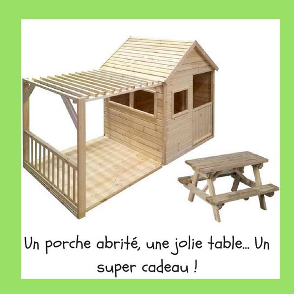 Un porche abrité, une jolie table... Un super cadeau !